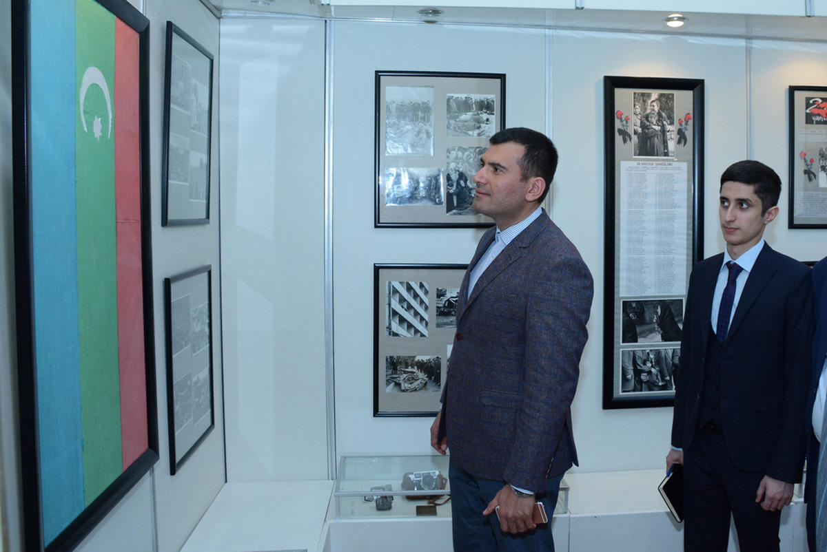 UNEC staff in Museum of Independence (PHOTO) - Gallery Image