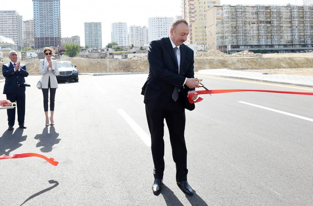 Azerbaijani president, first lady attend opening of newly-built roads in Baku (PHOTO)