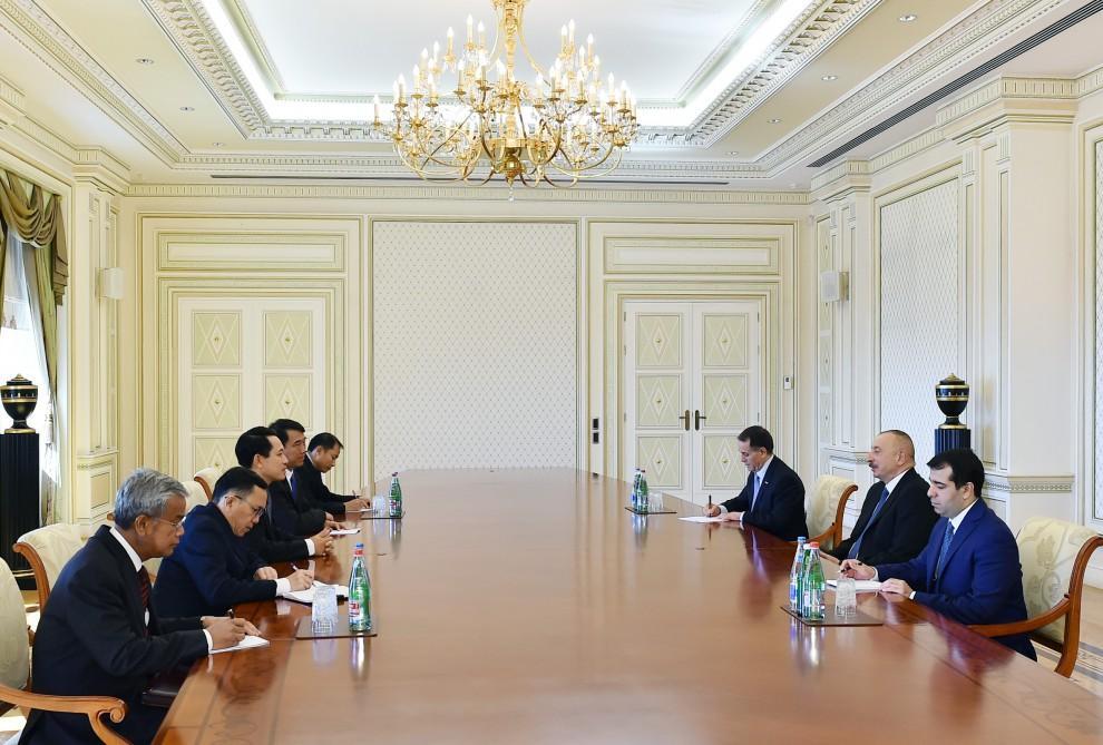 Prezident İlham Əliyev Laosun xarici işlər nazirini qəbul edib (YENİLƏNİB)