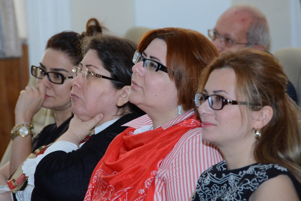 UNEC-də Aİ-nin Tvinninq layihəsinin müzakirəsi keçirilib (FOTO) - Gallery Image