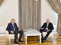 Ilham Aliyev receives former French PM (PHOTO) - Gallery Thumbnail