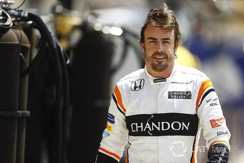 """İki qat """"Formula 1"""" çempionu Fernando Alonso yol qəzasına düşüb"""