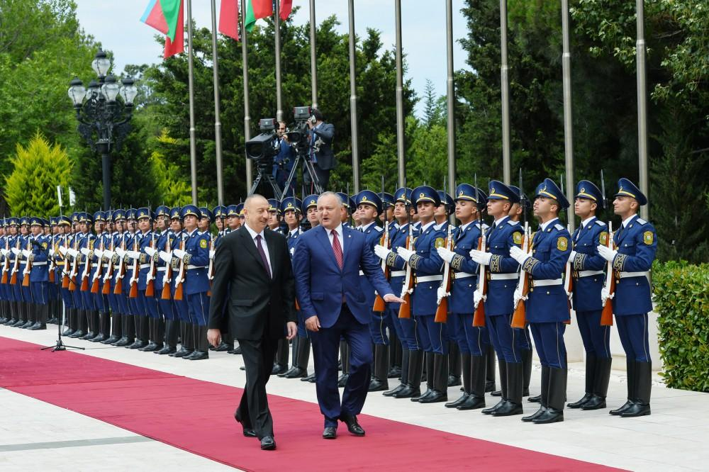 Official welcoming ceremony held for Moldovan president (PHOTO) - Gallery Image