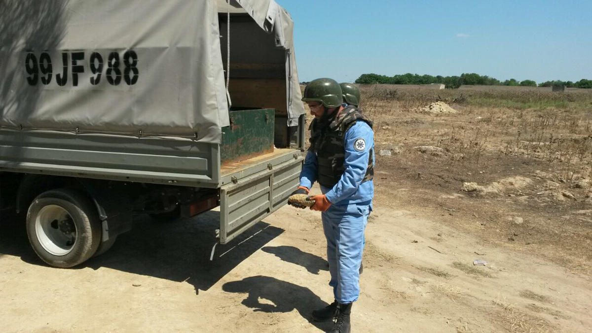 Unexploded artillery shell detected in Baku (PHOTO) - Gallery Image