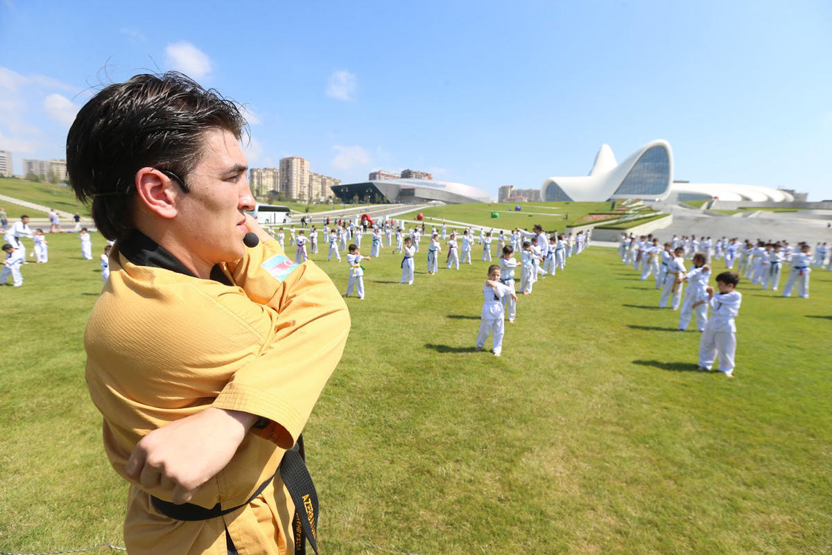 Taekwondo master-class held in Baku - Gallery Image