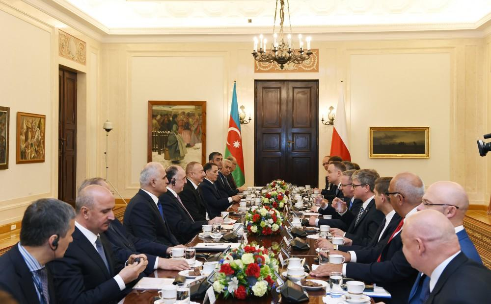 Presidents of Azerbaijan, Poland hold expanded meeting - Gallery Image