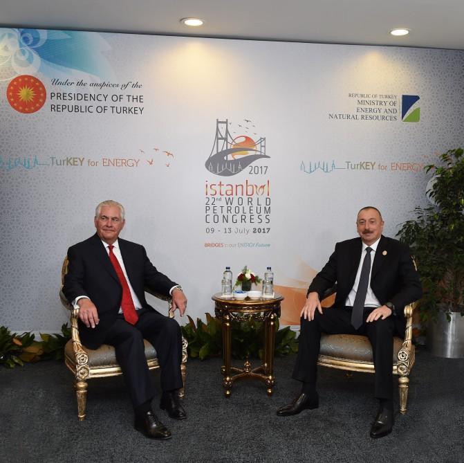 Cumhurbaşkanı İlham Aliyev ABD Dışişleri Bakanı Tillerson'u kabul etti - Gallery Image