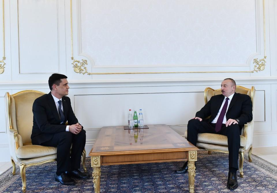 Ilham Aliyev receives credentials of incoming Turkmen envoy (PHOTO) - Gallery Image