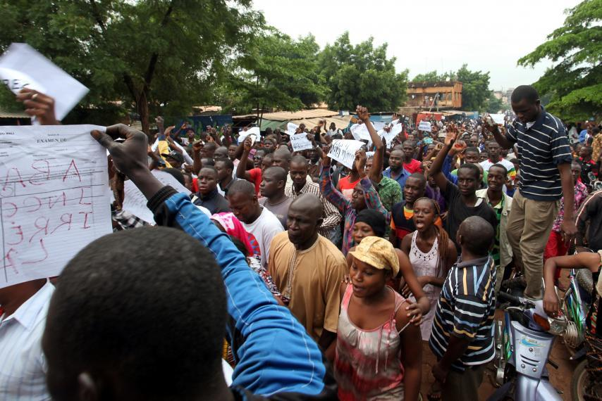 Mali protesters take over state TV building, station goes off-air