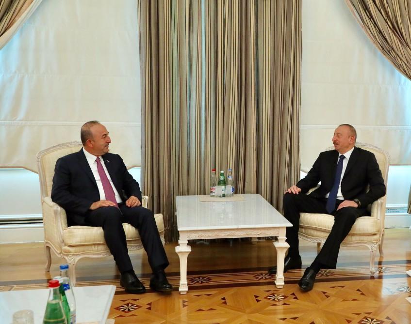 Cumhurbaşkanı İlham Aliyev bakan Çavuşoğlu'nu kabul etti