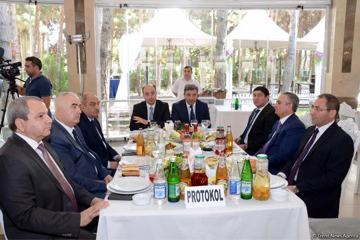 Фонд господдержки развития СМИ при Президенте Азербайджана  наградил победителей конкурса журналистских эссе (ФОТО) - Gallery Image