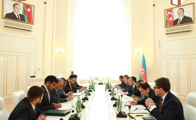 Azerbaijan, Pakistan to establish joint ventures (PHOTO)