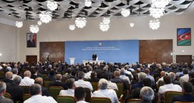 Ilham Aliyev chairs conference on development of sericulture, tobacco, hazelnut production in Gakh (PHOTO) - Gallery Thumbnail