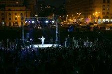 В парке Центра Гейдара Алиева состоялся соло-концерт Адалята Шукюрова (ФОТО) - Gallery Thumbnail