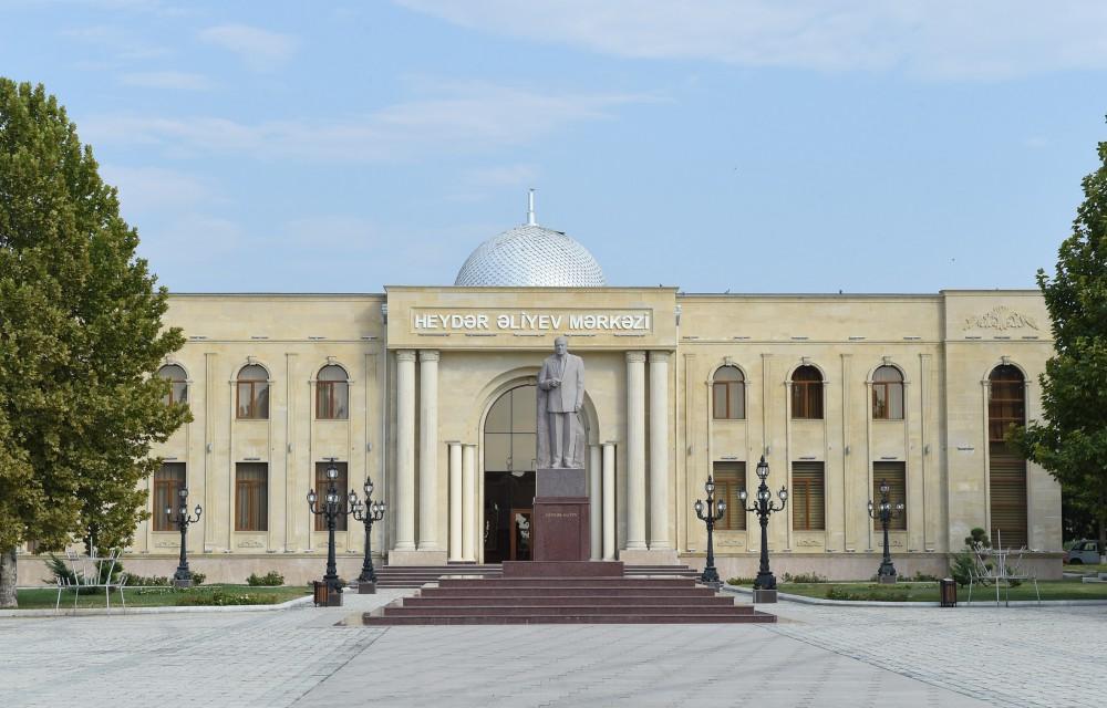 Azərbaycan Prezidenti Samux rayonuna səfərə gəlib (FOTO) - Gallery Image