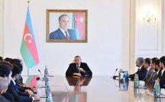 Cumhurbaşkanı İlham Aliyev Karabağ takımını kabül etti (Fotoğraf) - Gallery Thumbnail