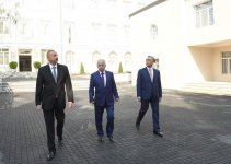 Ilham Aliyev views newly-renovated secondary school in Sabail district (PHOTO) - Gallery Thumbnail