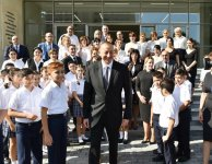 Ilham Aliyev with spouse inaugurate new building of school-lyceum in Baku (PHOTO) - Gallery Thumbnail