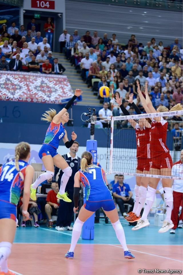 Azerbaijan's national volleyball team faces Poland squad (PHOTO)
