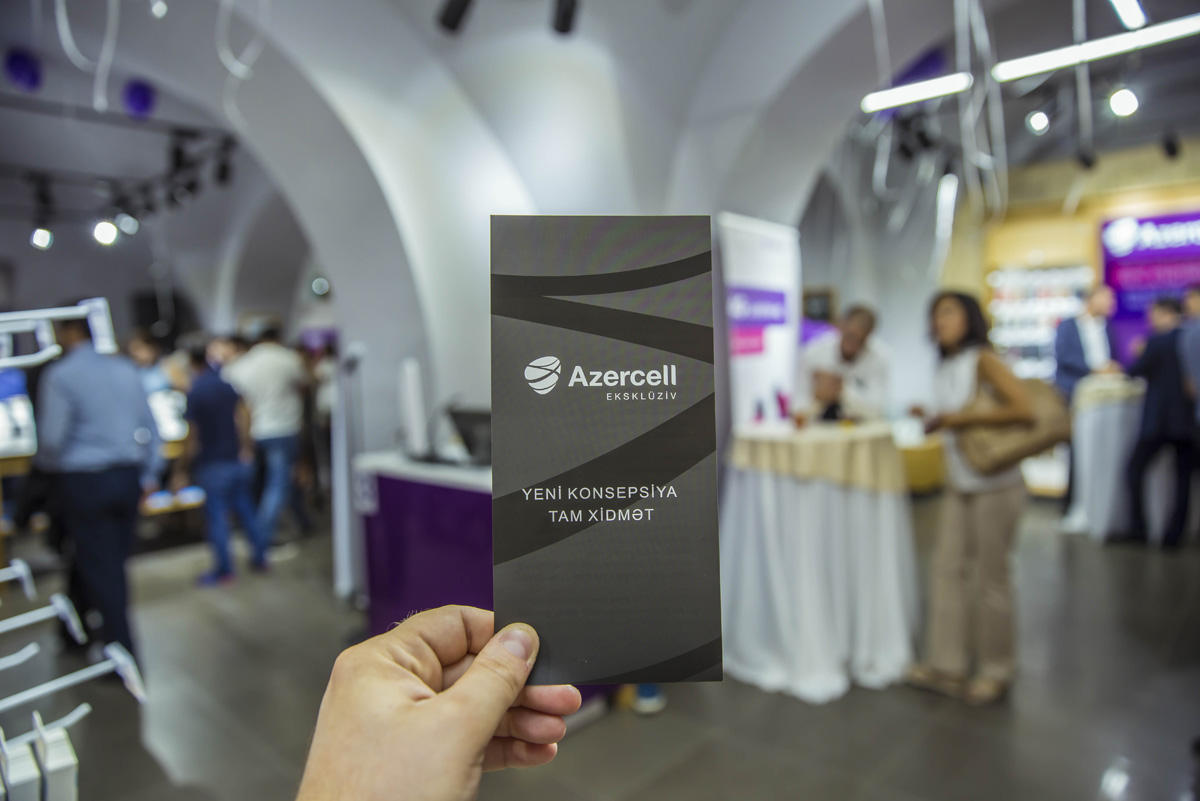 Azercell opens office with new concept (PHOTO) - Gallery Image
