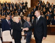 Ilham Aliyev attends farewell ceremony for eminent Azerbaijani scientist Lotfi Zadeh  (PHOTO) - Gallery Thumbnail