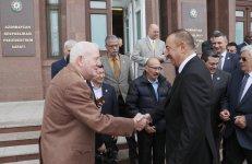 Prezident İlham Əliyev Ümumdünya Boks Şurasının 55-ci Konvensiyasının iştirakçılarını qəbul edib (FOTO) (YENİLƏNİB-2) - Gallery Thumbnail