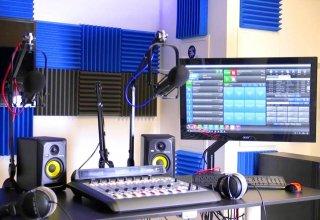 В Азербайджане объявлен конкурс на создание нового радиоканала