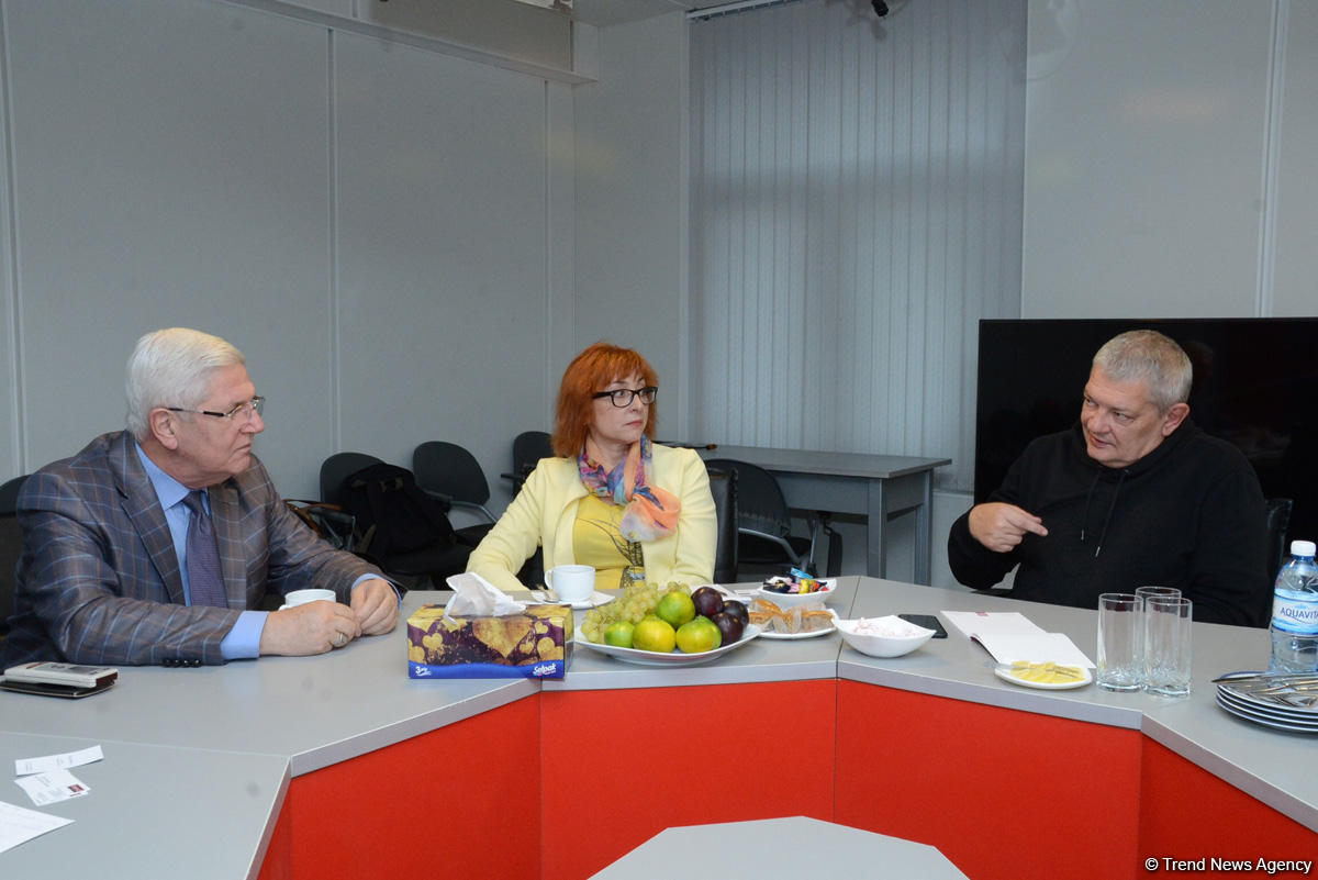 Lithuanian journalists visit Trend News Agency (PHOTO) - Gallery Image