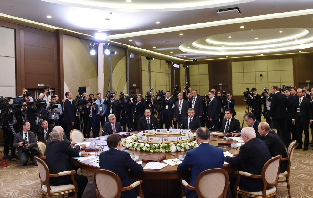 President Aliyev takes part in narrow format meeting of CIS Council of Heads of State (PHOTO) - Gallery Image