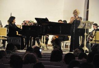 Пикя Ахундова провела творческий вечер, объединив эстрадных и классических исполнителей (ФОТО)