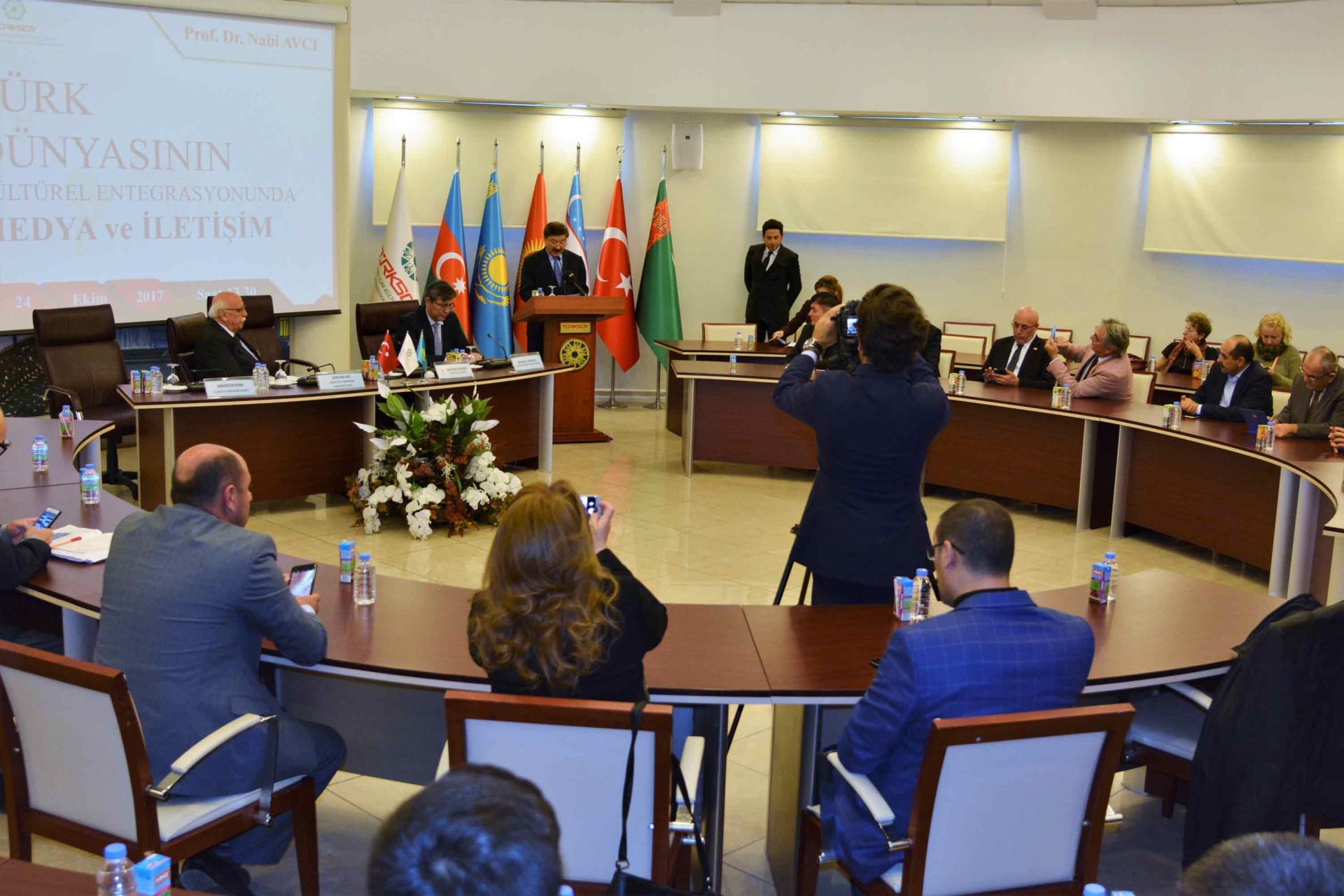 Nabi Avcı'ya Kazakistan Bağımsızlık Madalyası Takdim edildi (Fotoğraf) - Gallery Image