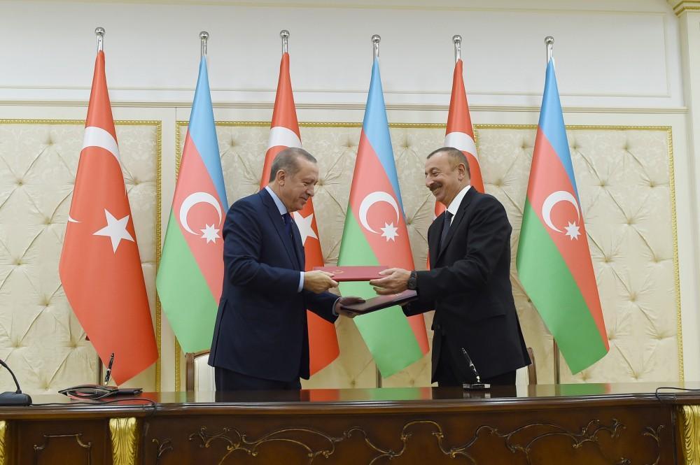 Azerbaijan, Turkey sign agreements (UPDATE) - Gallery Image