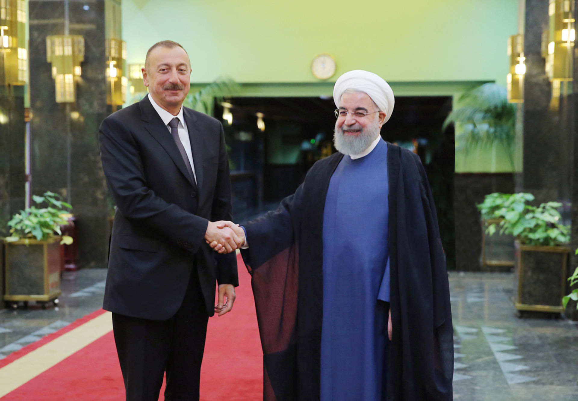 Presidents of Azerbaijan, Iran discuss Karabakh conflict (PHOTO)