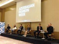 В Баку дан старт Azerbaijan Fashion Week (ФОТО) - Gallery Thumbnail