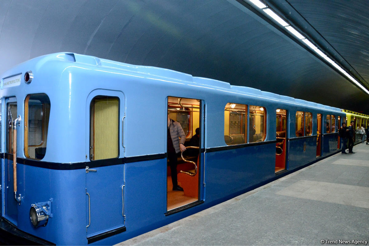 Baku Metro demonstrating restored retro carriages (PHOTOS)