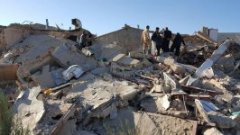 Death toll from earthquake in western Iran climbs to 440 (UPDATING) (PHOTO, VIDEO) - Gallery Thumbnail