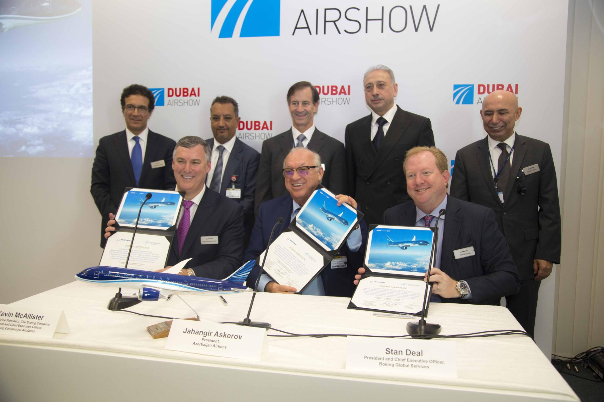 Azerbaijan reaches key agreements in civil aviation at Dubai Airshow 2017 (PHOTO)