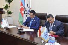 Бакинская Высшая школа нефти и Институт исследований нефти Египта подписали меморандум (ФОТО) - Gallery Thumbnail