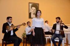 В Баку отметили юбилей Шовкет Алекперовой (ФОТО) - Gallery Thumbnail