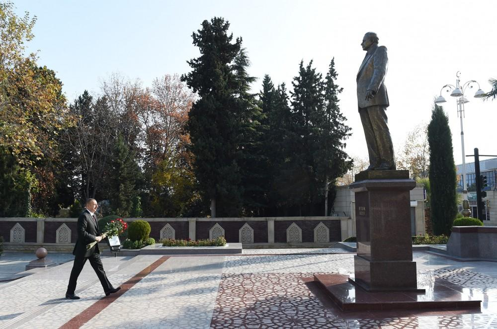 President Aliyev arrives in Tartar district (PHOTO)