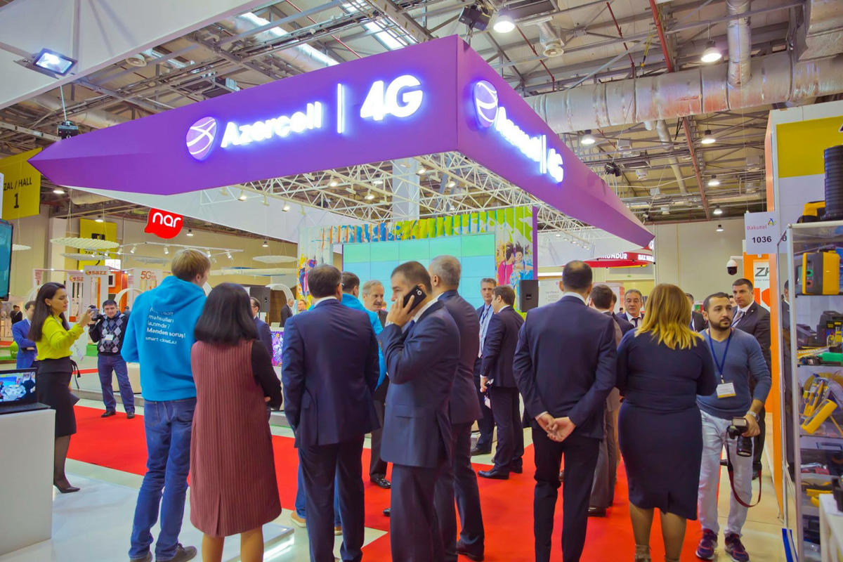 Exclusive offers from Azercell at Bakutel 2017 exhibition (PHOTO)