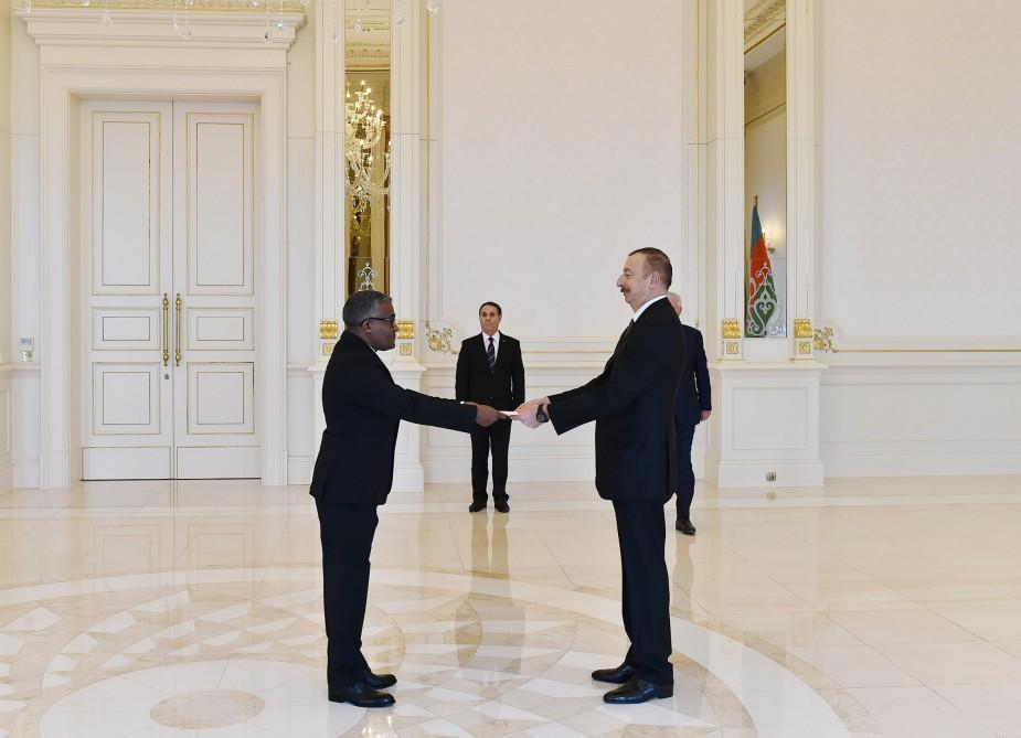 President Aliyev receives credentials of incoming Sudanese ambassador (PHOTO) - Gallery Image