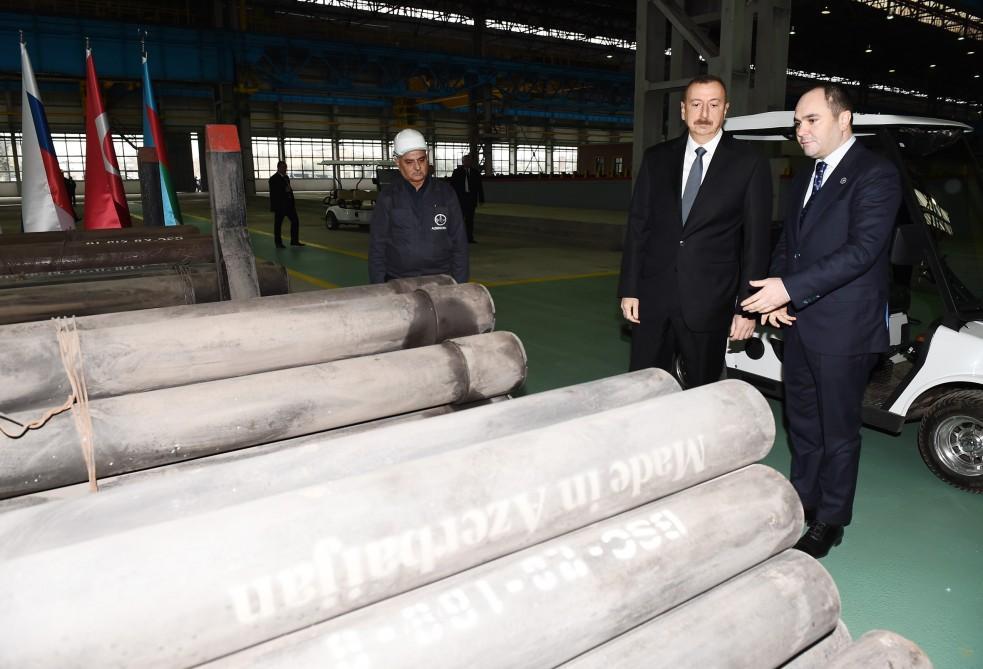 Prezident İlham Əliyev Sumqayıt boruyayma zavodunun yenidənqurmadan sonra açılışında iştirak edib (FOTO) - Gallery Image