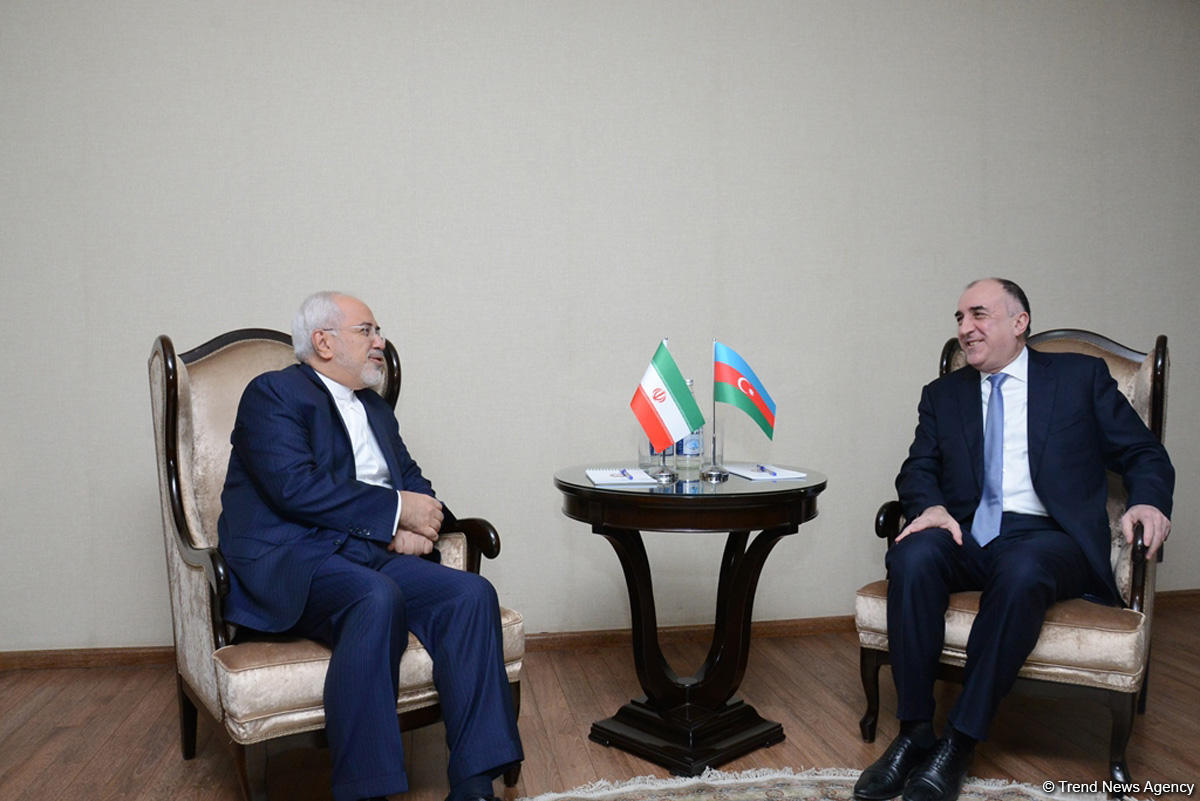 Azerbaijani, Iranian FMs hold bilateral meeting (PHOTO)