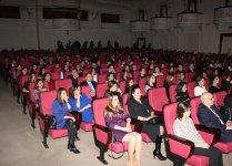 В Баку состоялся концерт, посвященный 30-летию творческой деятельности Фаига Агаева (ФОТО) - Gallery Thumbnail