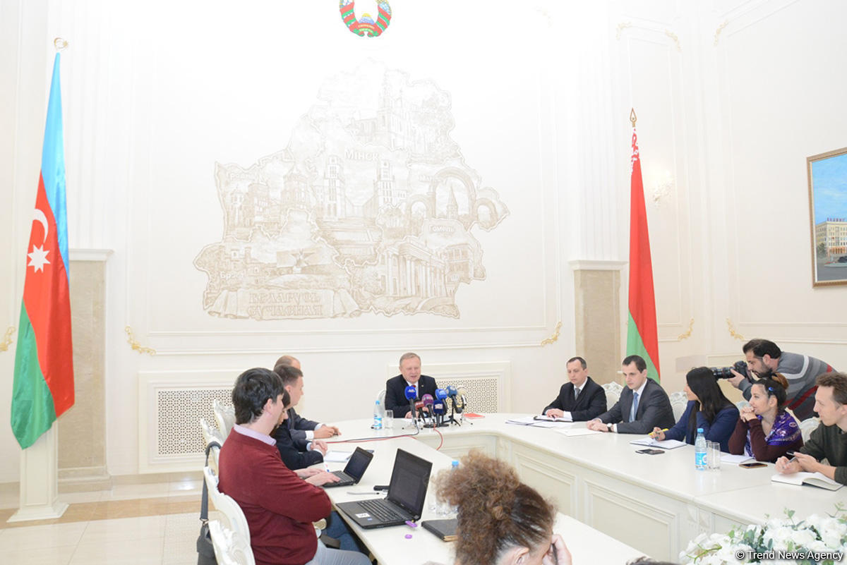 Belarus to open stores of national brand goods in Azerbaijan's districts (PHOTO)