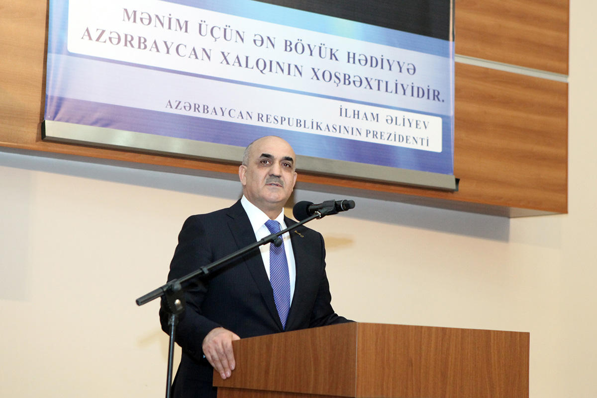 Səlim Müslümov: İşsizlikdən Sığorta Fonduna toplanan vəsaitin 40 faizi özünüməşğulluq proqramına yönəldiləcək