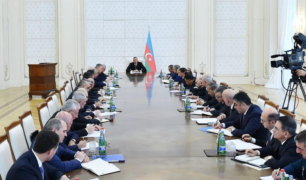 President Aliyev chairs Cabinet meeting on results of socioeconomic development of 2017, future goals (PHOTO) - Gallery Image