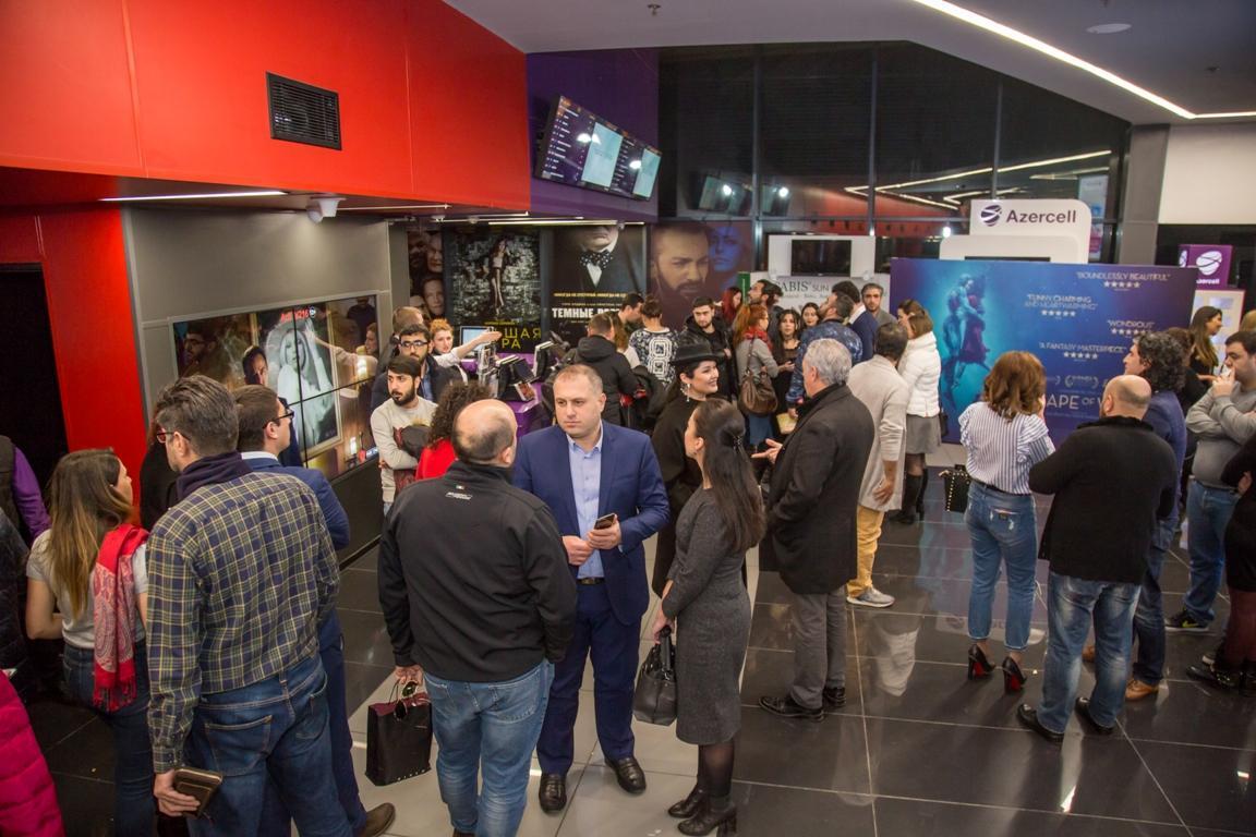 За три дня до мировой премьеры: фильм голливудского сказочника показали в Баку (ФОТО) - Gallery Image