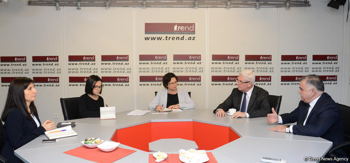 Deputy chief of Israel's diplomatic mission in Baku visits Trend News Agency (PHOTO) - Gallery Image